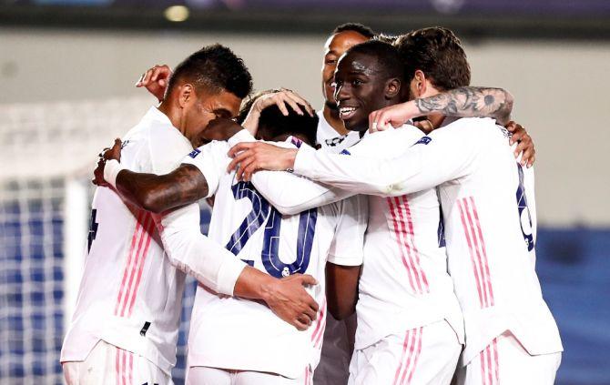 Real nastrieľal Liverpoolu v Lige majstrov tri góly, britské médiá píšu o zmlátení v Madride (video)