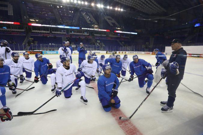 Slováci začali v Piešťanoch s prípravou na MS v hokeji 2021, Ramsay má k dispozícii deväť hokejistov