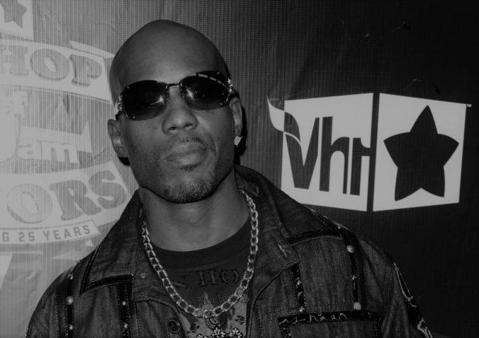 Zomrel rapper a herec DMX, v nemocnici prehral boj o život