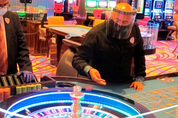 Atlantic City a jeho kasína zažili vlani najhorší rok v histórii, zisky sa prepadli o vyše 80 percent