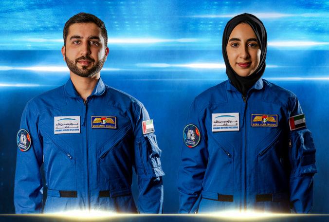 Spojené arabské emiráty majú prvú astronautku, podstúpi výcvik v stredisku NASA