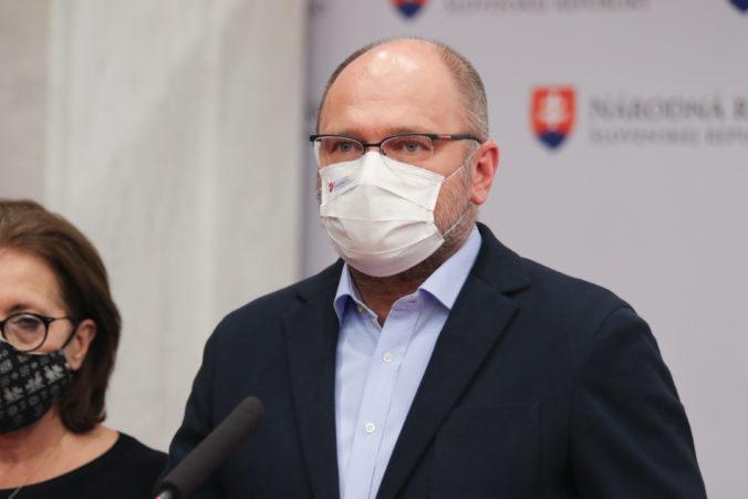 Koalícia predloží vlastný návrh pomoci rodinám počas pandémie, Sulík avizuje vznik pracovnej skupiny
