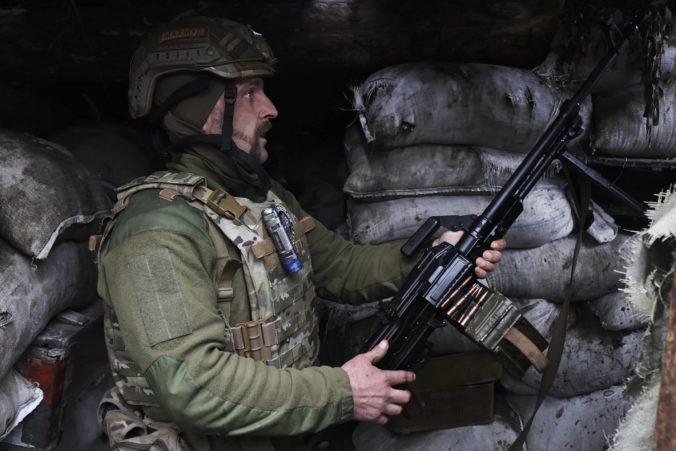 Ukrajina sa obáva ruských vojsk na východe krajiny, žiada o silnejšiu podporu Západu