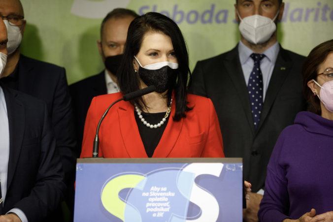 Ako ďalej s pandémiou koronavírusu na Slovensku? SaS navrhuje zmeny v testovaní i očkovaní (video)