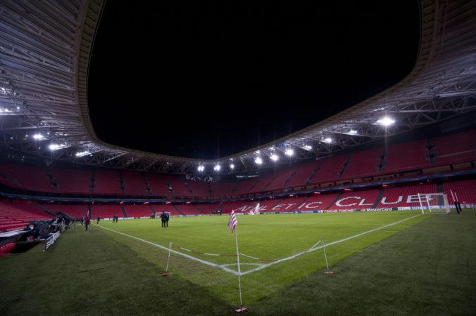 Súboje majstrovstiev Európy vo futbale sa namiesto Bilbaa môžu hrať v Seville, ponúkli Španieli