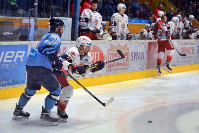 HKM Zvolen je po treťom dueli opäť vo vedení, rozhodujúci gól strelil Slovanu počas oslabenia (video)