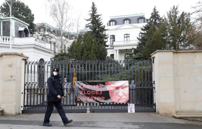 Rusko vyhostí 20 českých diplomatov, krajinu musia opustiť do polnoci