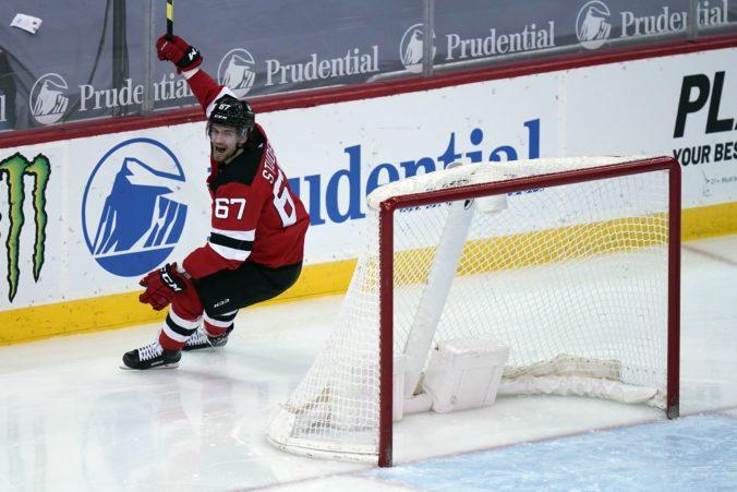 Studenič zoči-voči Georgievovi nezaváhal a strelil svoj prvý gól v NHL (video)