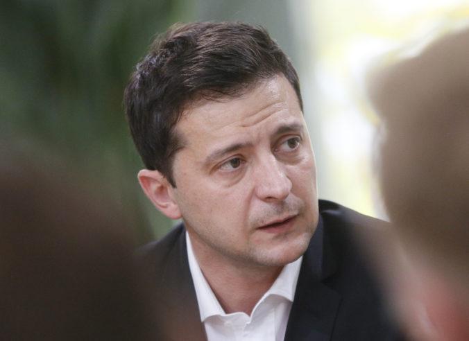 Ukrajinský prezident podpísal zákon umožňujúci povolanie záložníkov do vojenskej služby
