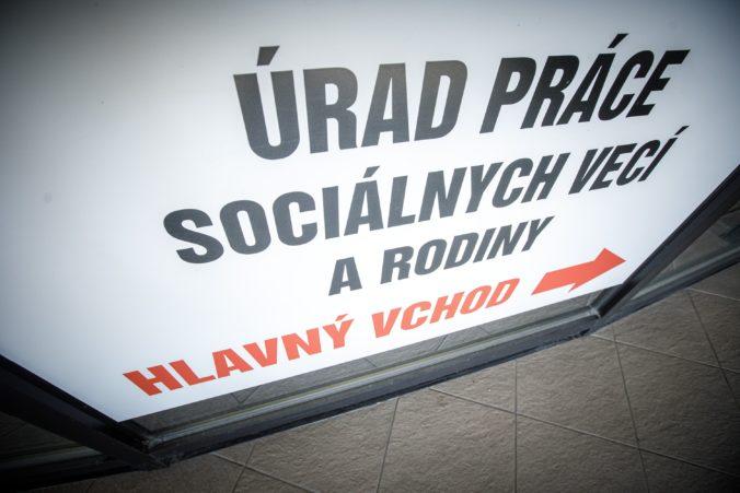 V dvoch okresoch Slovenska miera nezamestnanosti presahuje 20 percent