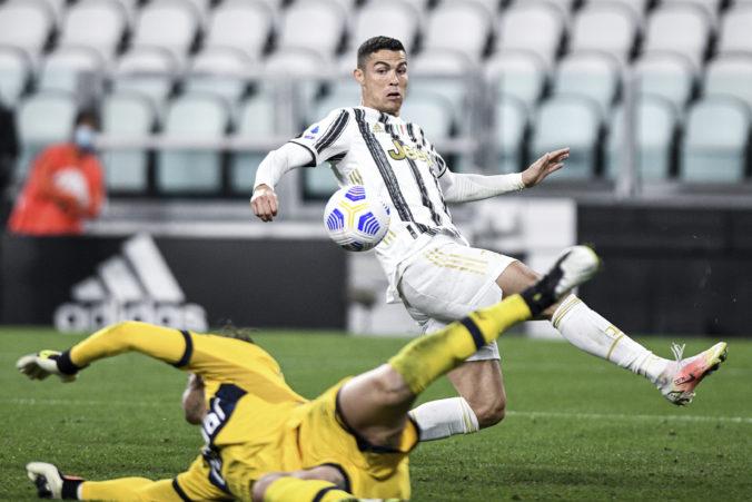 Cristiano Ronaldo možno odíde z Juventusu do Manchestru, musel by sa však uskromniť