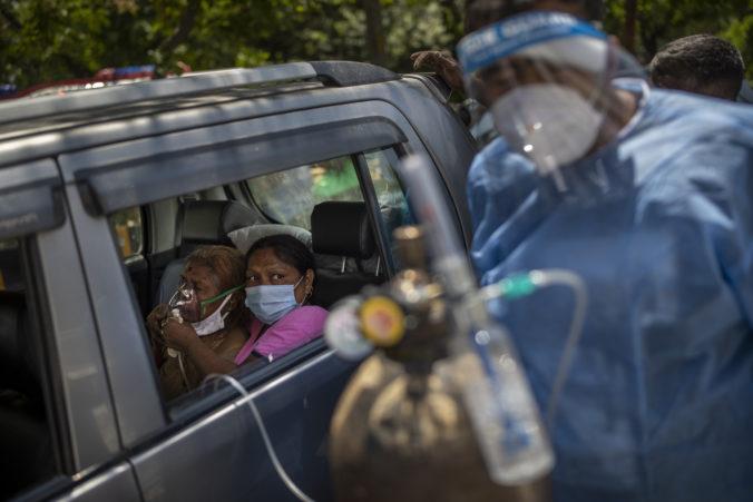 India už tretí deň po sebe prepisuje globálne rekordy v počte nových prípadov nákazy koronavírusom
