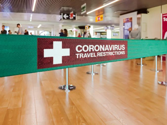 Američania zaočkovaní proti COVID-19 by mohli do krajín Európskej únie vycestovať už toto leto
