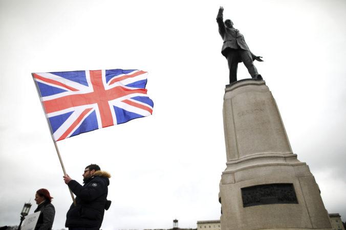 Európsky parlament je pripravený ratifikovať pobrexitovú obchodnú dohodu s Britániou