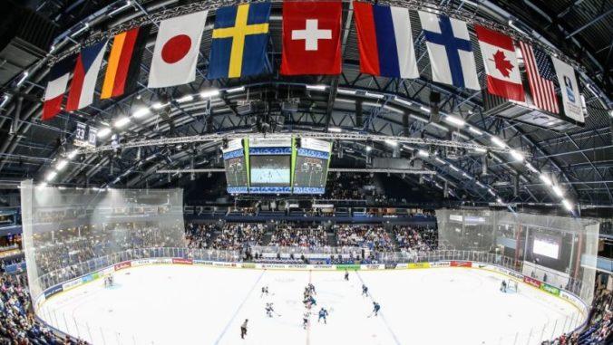 Majstrovstvá sveta v hokeji budú v Rige bez fanúšikov, vyhlásil premiér Kariňš