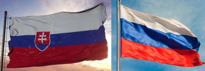 Rusko vracia Slovensku úder, vyhostilo troch diplomatov