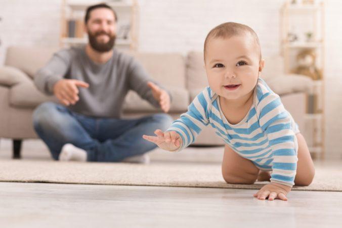 Otcom sa zjednoduší možnosť požiadať o materskú dávku, Sociálna poisťovňa zmenu víta