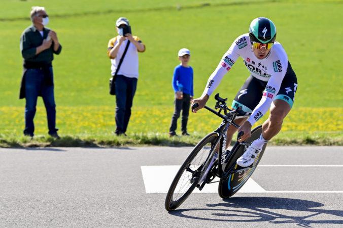 Peter Sagan získal na Okolo Romandie ďalšie pódiové umiestnenie, triumfoval Solero