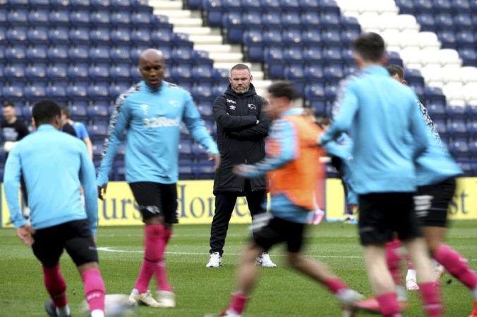 Rooney sa s Derby County ako tréner pohybuje v zóne zostupu, tím čakajú náročné dni
