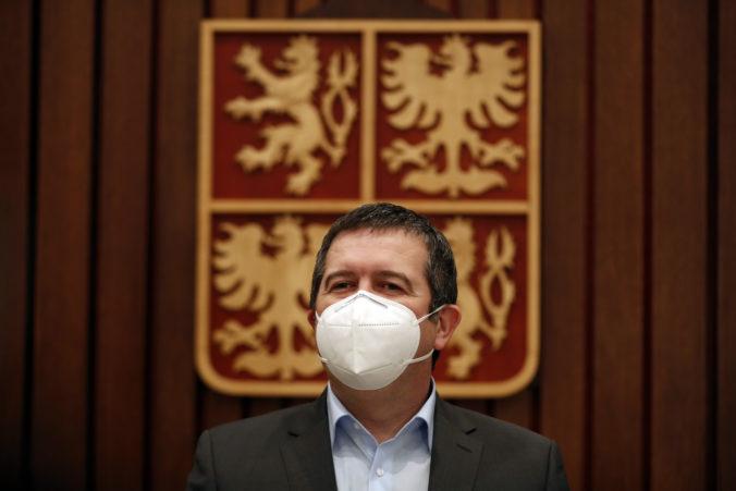Český minister Hamáček chcel údajne vymeniť Vrbětice za Sputnik, opozícia žiada jeho demisiu