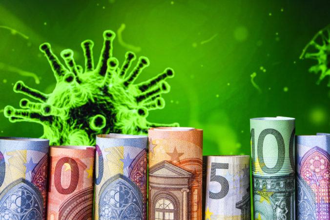 Vláda rozhodne o zvýšení pandemickej OČR aj PN už o pár dní, dávky by sa mali naviazať na COVID automat