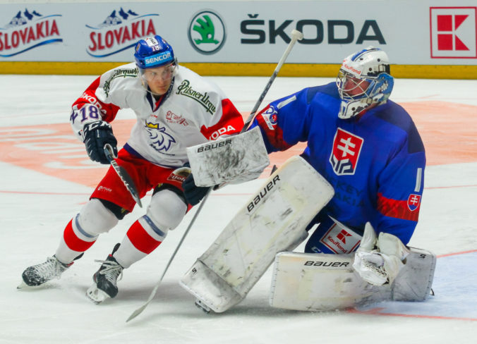 Slovenským hokejistom generálka na MS nevyšla, s Čechmi prehrali v Prahe aj druhý zápas