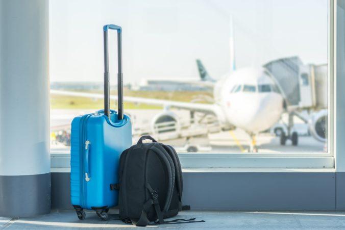 Britom povolia cestovanie do nízkorizikových krajín. Na Turecko či Maledivy však môžu zabudnúť