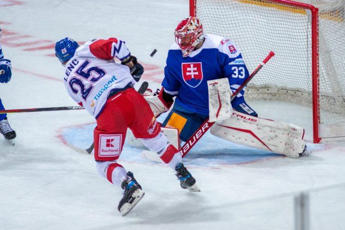 Slováci sa v príprave trápia s efektivitou, podľa asistenta Handzuša však musia byť aktívni a šance prídu