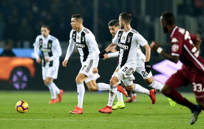 UEFA vzala na milosť deviatku klubov. Real, Barcelonu aj Juventus by mohli vylúčiť z Ligy majstrov