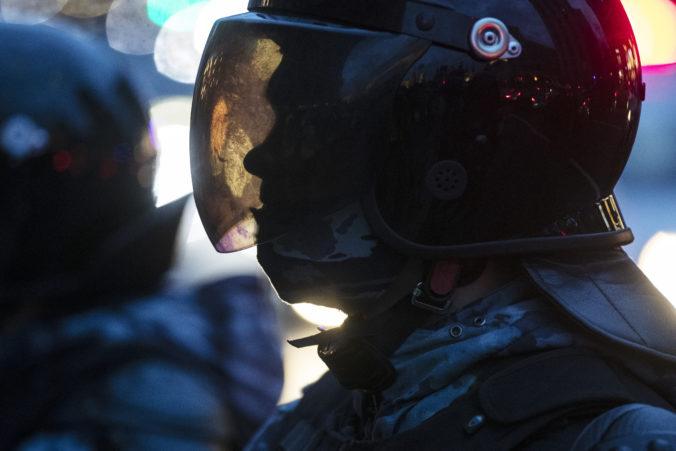 Streľba v škole v Kazani: Obeťami sú aj študenti a polícia zadržala 17-ročného chlapca