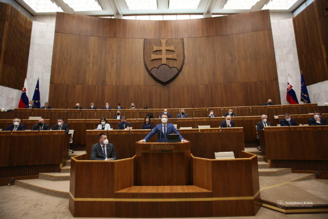 NKÚ upozornil poslancov pri schvaľovaní rozpočtu na riziká, vyzýva na transparentné čerpanie financií