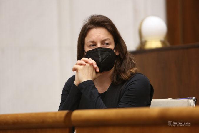 Milanová klame v prípade Divadla Nová scéna, Hlas ju vyzýva na rešpektovanie rozhodnutia komisie