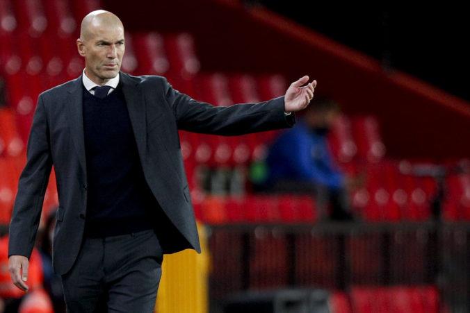 Real Madrid bude musieť hľadať nového trénera, Zidane údajne po sezóne končí