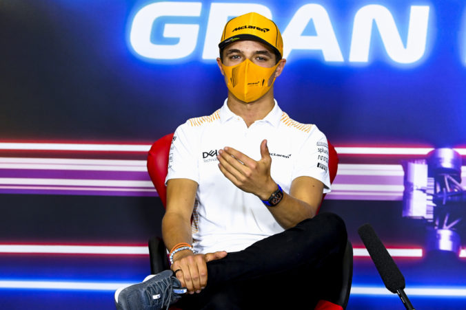Mladík Lando Norris podpísal s McLarenom viacročný kontrakt a netají ambície. Chce byť majstrom sveta