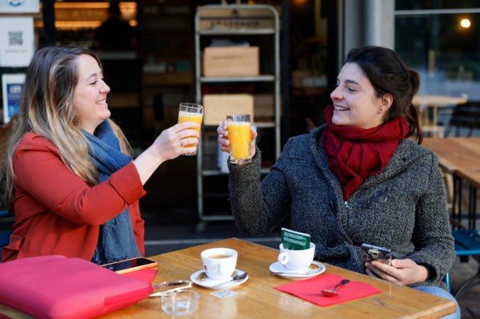 Rakúsko otvorilo reštaurácie, kiná aj divadlá. Na návštevu baru či hotelu však potrebujete negatívny test