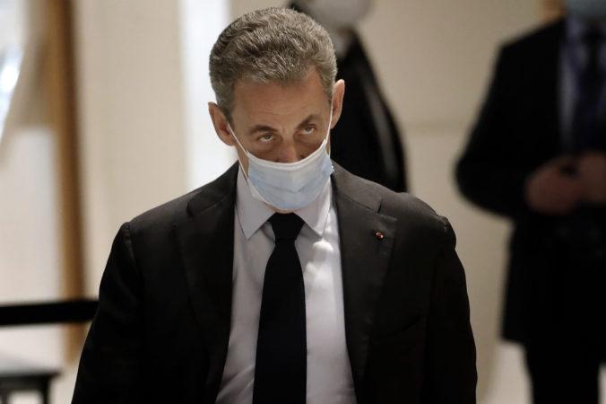 Francúzsky exprezident Sarkozy sa pre nelegálne financovanie volebnej kampane opäť postavil pred súd