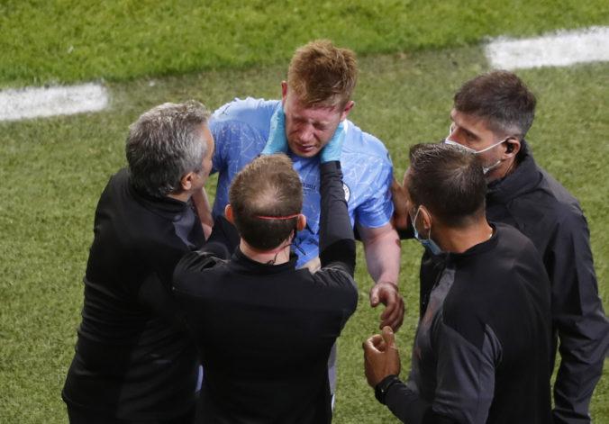 De Bruyne sa vo finále Ligy majstrov zranil, pre zlomeninu nosa a očnice možno príde o ME (video)