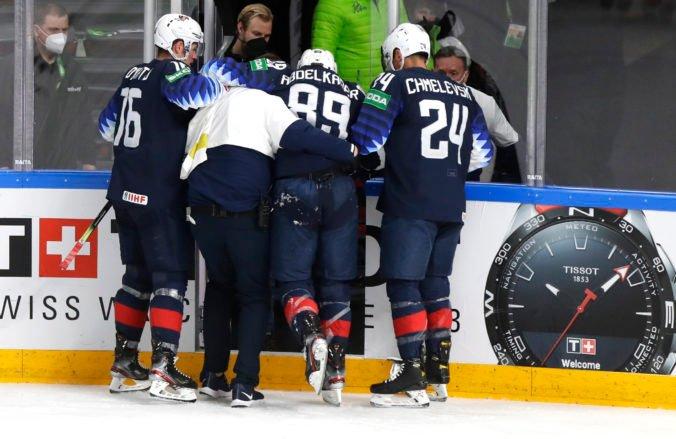 USA na MS v hokeji 2021 stratili kapitána, zranil sa v zápase proti Nemecku