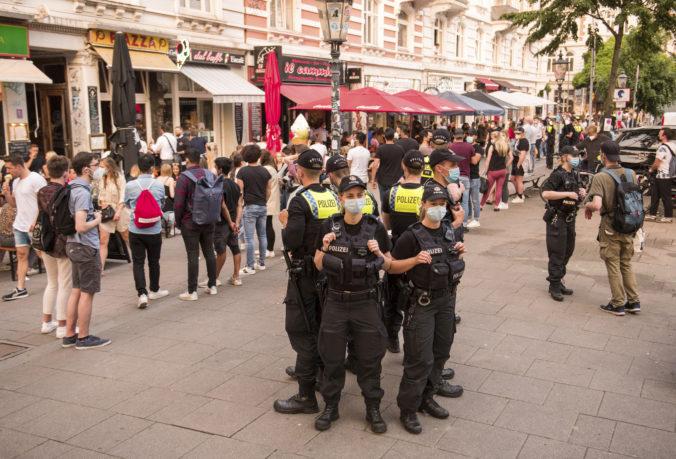 V meste Ulm hľadá svedkov, neznámy muž sa pokúsil podpáliť synagógu