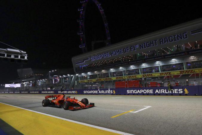 Veľká cena Singapuru nebude ani v tomto roku, okno v kalendári by mohli vyplniť preteky F1 v USA