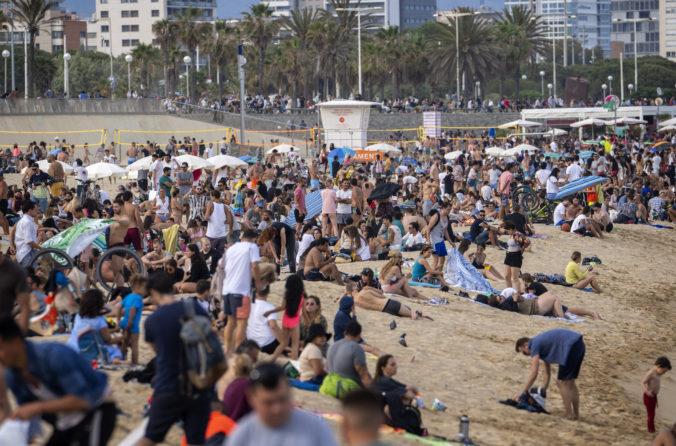 Španielsko povolilo vstup zahraničných turistov, krajinu môžu navštíviť aj ľudia bez očkovania