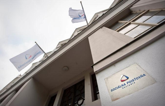 Elektronické služby Sociálnej poisťovne sú žiadané, e-formuláre o dávky vyplnili už státisíce Slovákov