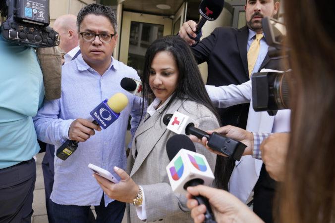 Manželka mexického narkobaróna El Chapa priznala vinu na federálnych zločinoch