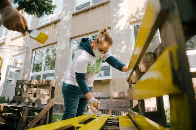 V hlavnom meste sa tisícky dobrovoľníkov postarajú o skrášlenie prírody aj pamiatok