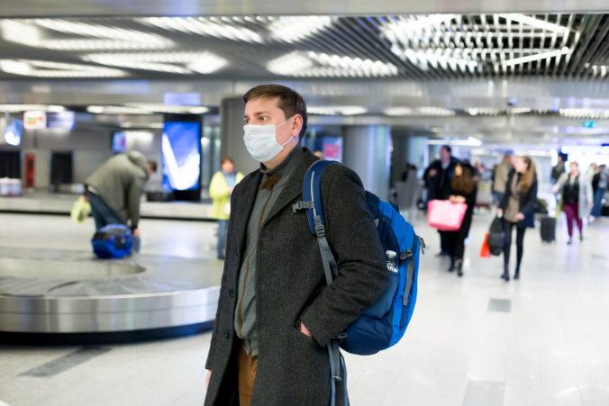 Nemecko ruší zákaz cestovania do zahraničia, Británia však zostáva na zozname rizikových krajín