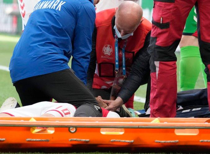 Po kolapse Eriksena sa nemalo dohrávať a hráči o tom nemali rozhodovať, tvrdia športoví experti