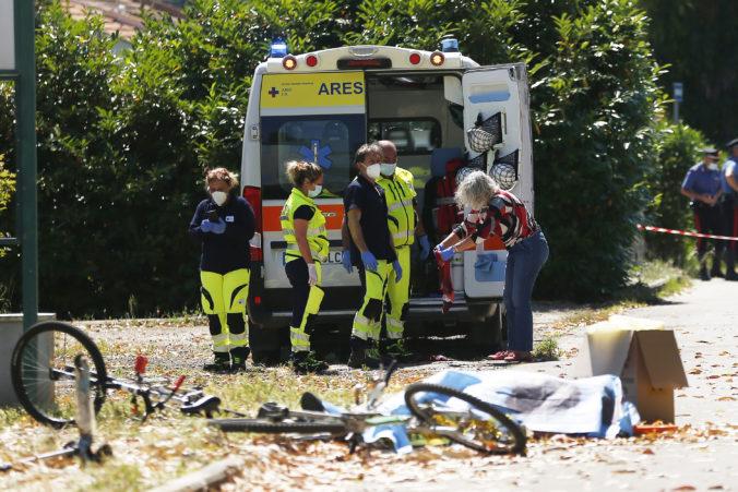 Strelec zabil neďaleko Ríma muža a dvoch chlapcov a zabarikádoval sa v dome. Policajti ho našli mŕtveho