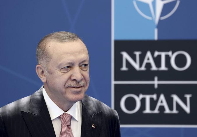 Grécko a Turecko majú za sebou rokovania, Erdogan vidí vyriešenie sporov nádejne