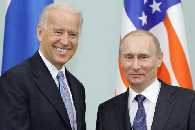 """Biden hovorí o Putinovi ako """"dôstojnom protivníkovi"""", stretnú sa na summite v Ženeve"""