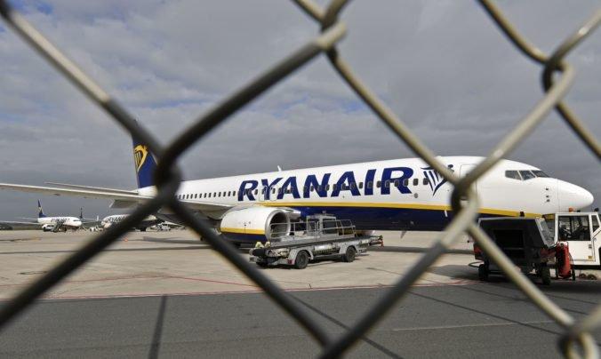 Šéf Ryanairu opísal nútené pristátie lietadla v Minsku, v ktorom bol novinár Pratasevič